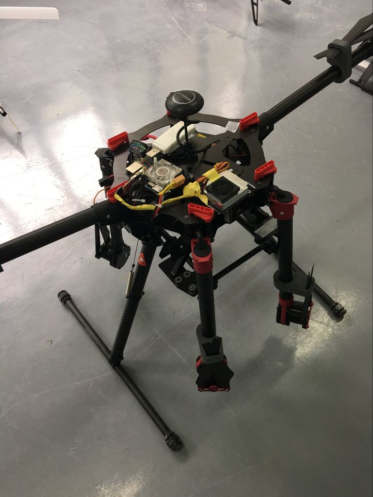 Controlling a drone copter with a 4G network connection.