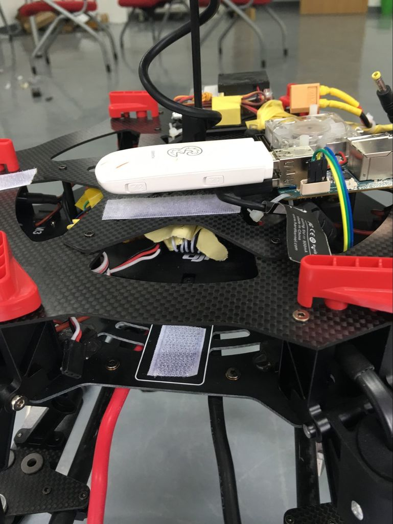 Controlling a homemade drone through a 4G network connection.